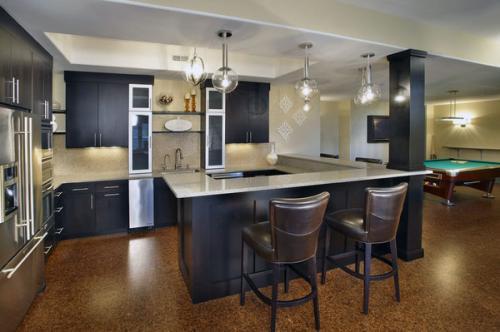 Дизайн гостиной напольной плитки темного цвета