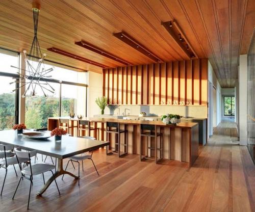Современный дизайн кухни, открытый план этажа - деревянный