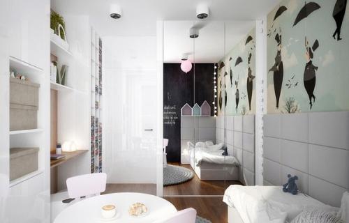 шкафы на серой стене