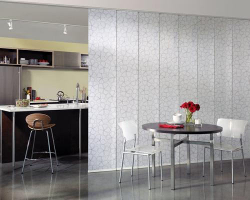 матовое стекло цветочным узором кухня